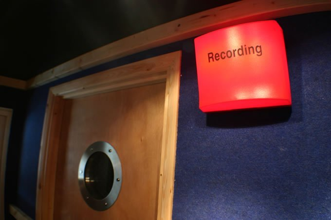6 דברים שכדאי להביא לסשן באולפן : אולפן הקלטות : אולפני הקלטות - אולפני סטורם