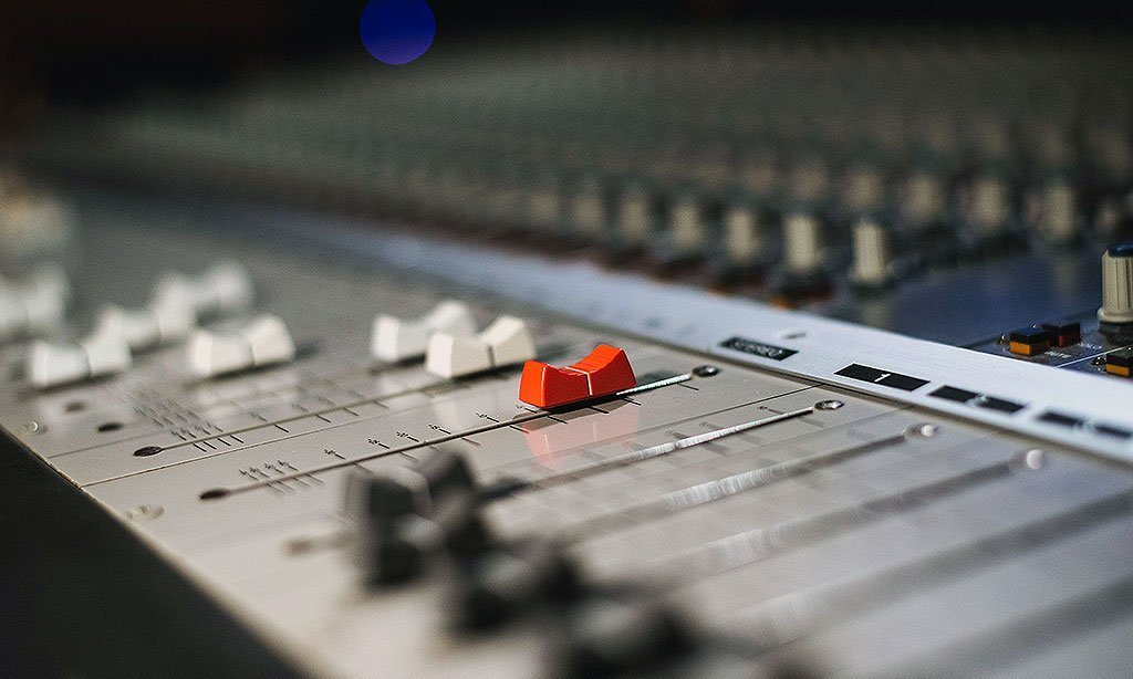 קונטרול 4 : אולפן הקלטות : אולפני הקלטות - אולפני סטורם