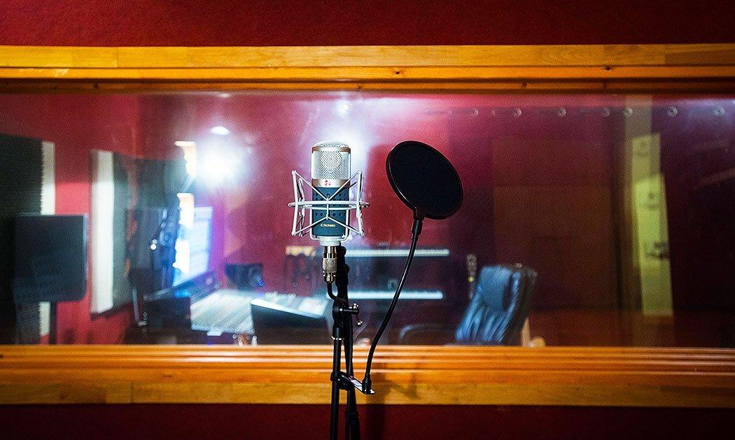 סטודיו A2 - אולפן הקלטות : אולפני הקלטות - אולפני סטורם