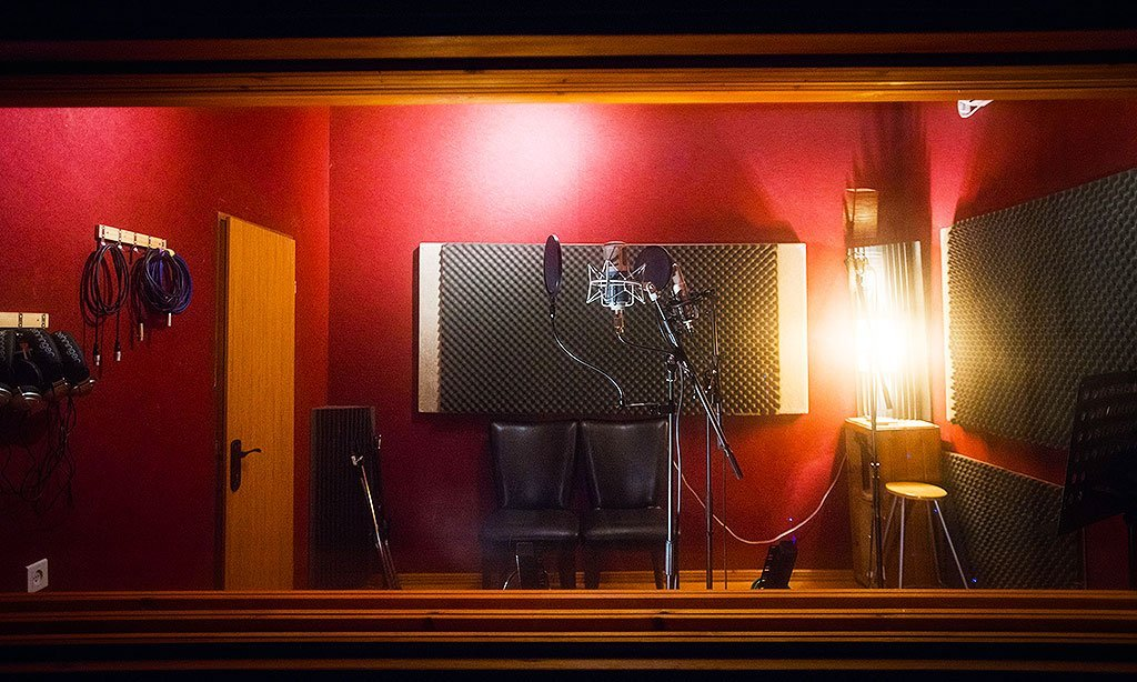 סטודיו A6 - אולפן הקלטות : אולפני הקלטות - אולפני סטורם