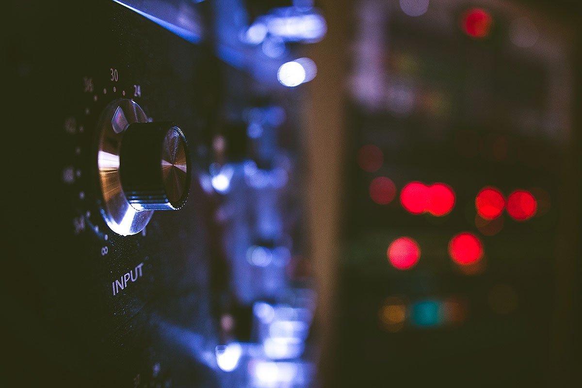 ציוד : אולפן הקלטות : אולפני הקלטות - אולפני סטורם