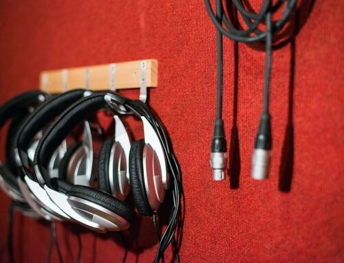 אוזניות : אולפן הקלטות : אולפני הקלטות – אולפני סטורם