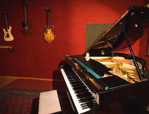 פסנתר כנף 2 : אולפן הקלטות : אולפני הקלטות – אולפני סטורם