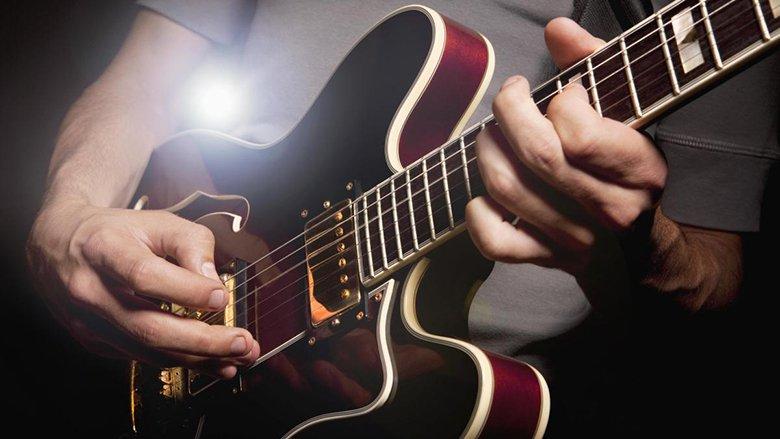אולפן הקלטות גיטרה : אולפן הקלטות :אולפני הקלטות -אולפני סטורם